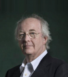 https://www.databazeknih.cz/images/12_/1253/philip-pullman-4o7-1253.png