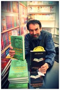"""Spisovatel Jan Bauer: """"Desetiletým školákům bych své knížky číst raději nedával"""""""
