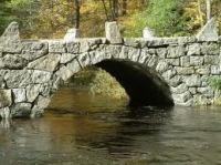 Tam, na mostě!