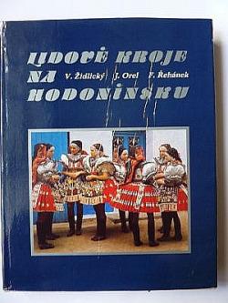 Lidové kroje na Hodonínsku