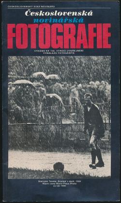 Československá novinářská fotografie obálka knihy