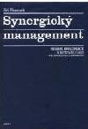 Synergický management