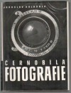 Černobílá fotografie obálka knihy