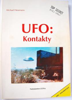 UFO: Kontakty obálka knihy