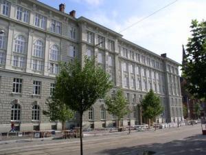 Ústřední knihovna FSS MU (Brno)