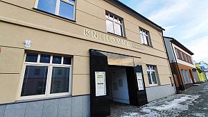 Knihovna Vincence Priessnitze (Jeseník)