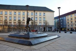 Moravskoslezská vědecká knihovna v Ostravě (Ostrava)