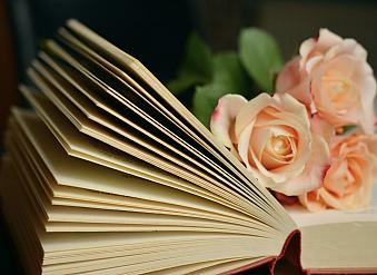10 právě čtených knih podle uživatelů (březen)