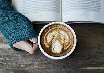 10 právě čtených knih podle uživatelů (říjen)