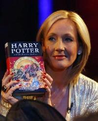 Rowlingová píše pokračování Harryho Pottera