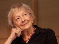Zemřela polská básnířka a nobelistka Szymborská