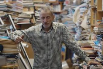 Knihy jsou pro pana Nováka doslova jeho život!